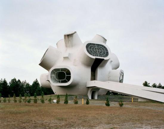 Yugoslavian-Monuments3